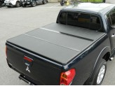 Крышка пикапа для Mitsubishi L200 трехсекционная, алюминиевая, цвет черный