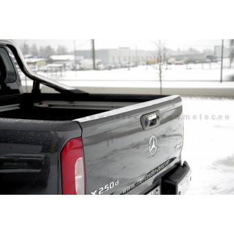 Накладка на борт Mercedes-Benz X-Class нерж. сталь (устанавливается на штатные болты заднего откидного борта, на двусторонний скотч 3М)