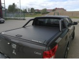 """Крышка Mountain Top для Mitsubishi L200 """"TOP ROLL"""", цвет черный c защитной дугой, изображение 2"""