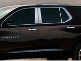 Хромированные накладки на дверные стойки Chevrolet Traverse