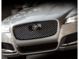 Решетка радиатора для Jaguar XF полир. нерж. сталь 2016-