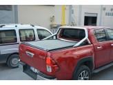 """Крышка на Toyota HiLux серия """"Omback"""" под оригинальную дугу, цвет черный"""