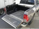 """Крышка Mountain Top для Toyota HiLux """"TOP ROLL"""", цвет серебристый, изображение 3"""