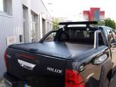 """Крышка для Toyota HiLux  """"TOP ROLL"""", цвет черный c защитной дугой"""