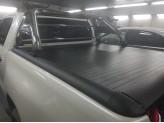 """Крышка на Toyota HiLux """"ROLL-ON"""" с дугой со стоп сигналом, изображение 2"""
