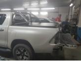 """Крышка на Toyota HiLux """"ROLL-ON"""" с дугой со стоп сигналом, изображение 8"""
