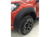 Расширители колесных арок для Toyota HiLux (пластик ABS) с хромированными болтами, изображение 2