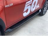 Подножки для Toyota HiLux, серия AQM-S сталь 3 мм