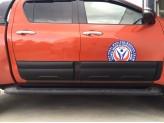 Комплект боковых накладок для Toyota HiLux (Revo) из 6 частей (цвет черный, пластик ABS), изображение 3
