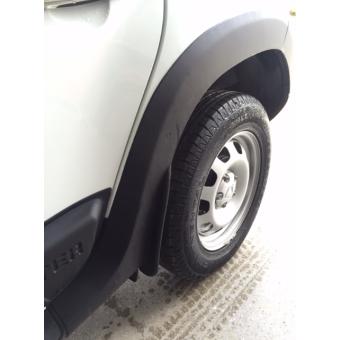 Расширители колесных арок для Renault Duster из 4-х частей (пластик ABS)