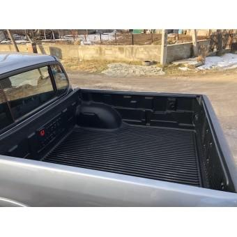 Вкладыш в кузов для Mitsubishi L200 пластиковая для двойной кабины под борта (для Long-длинная база 152,4 с 2014-2015)