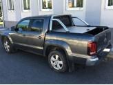"""Крышка Mountain Top для Volkswagen Amarok """"TOP ROLL"""", цвет серебристый c защитной дугой, изображение 3"""