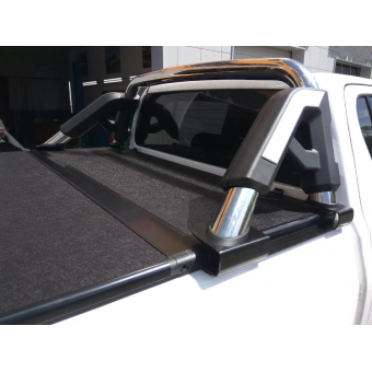 Защитная дуга в кузов пикапа,полир. нерж. сталь + пластик ABS