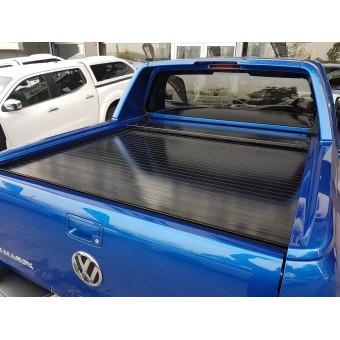 """Крышка для Volkswagen Amarok """"ROLL-ON"""" (алюминий, цвет черный) для комплектации AVENTURA"""