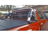 Крышка пикапа для Toyota HiLux трехсекционная, алюминиевая c защитной дугой