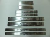 Хромированные накладки на дверные пороги 8 шт. NISSAN NAVARA