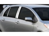 Хромированные накладки на дверные стойки Toyota Yaris