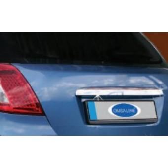 Хромированная накладка для Kia CEED HB над номером крышки багажника (полир. нерж. сталь)