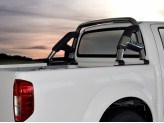 Защитная дуга для Nissan Navara D 40 в кузов пикапа, (возможна установка с трехсекционной крышкой), изображение 3