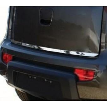 Хромированная накладка для Range Rover VOGUE на нижнюю кромку крышки багажника (полир. нерж. сталь)