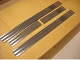 Накладки на дверные пороги 4 ч. полир. нерж. сталь