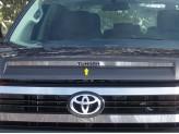 "Хромированная накладка для Toyota TUNDRA с логотипом ""TUNDRA"""