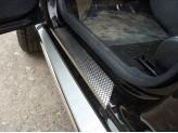 Хромированные накладки для Nissan Terrano на пороги, полир. нерж. сталь лист декоративный