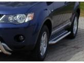 Подножки для Mitsubishi Outlander XL с алюминиевой площадкой