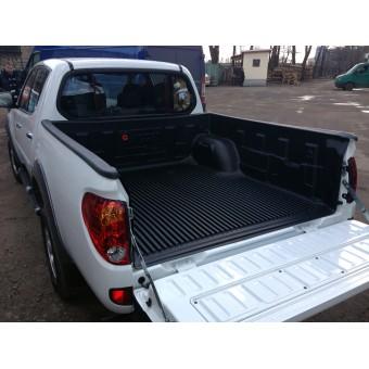 Вкладыш в кузов для Mitsubishi L200 пластиковая для двойной кабины на борта (для Lomg-длинная база 152,4 см с 2014-2015 г.)