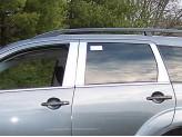 Хромированные накладки на дверные стойки Mitsubishi Outlander