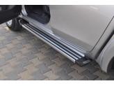 """Комплект алюминиевых порогов для Mitsubishi L200, модель """"AVANGARDE NEW"""""""