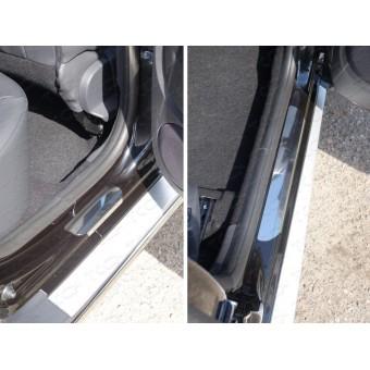 Хромированные накладки для Renault Duster на пороги (лист зеркальный), для мод с 2015 г.