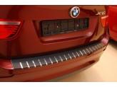 Накладка для BMW X5 на задний бампер профилированная с загибом, нерж. сталь + карбон, для мод. с 2010 г