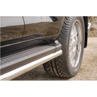 Защита штатного порога для Toyota Landcruiser 200, 60 мм полир.нерж.сталь