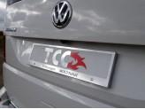 Рамка под номер для Volkswagen MULTIVAN с логотипом