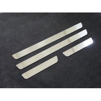 Хромированные накладки для Kia Sportage на пороги (лист зеркальный), полир. нерж. сталь