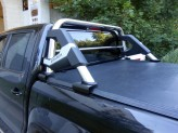 Защитная дуга в кузов пикапа, полир. нерж. сталь + пластик ABS (устанавливается со сверлением на болты), изображение 2