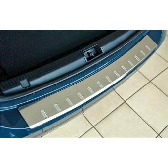 Хромированная накладка для BMW X3 на задний бампер с загибом, зеркальная (2010-)