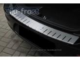 Хромированная накладка для Nissan Qashqai на задний бампер профилированная с загибом, нерж. сталь